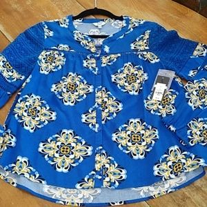Crown & Ivy blouse crochet detail new size XS